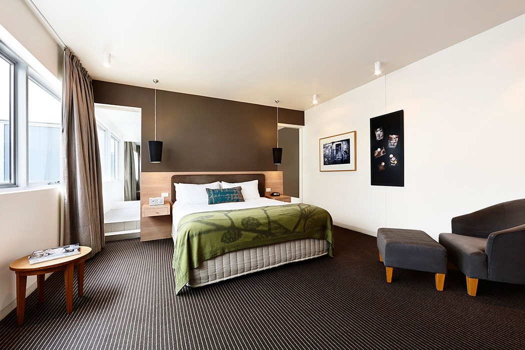 hotel rooms in Melbourne