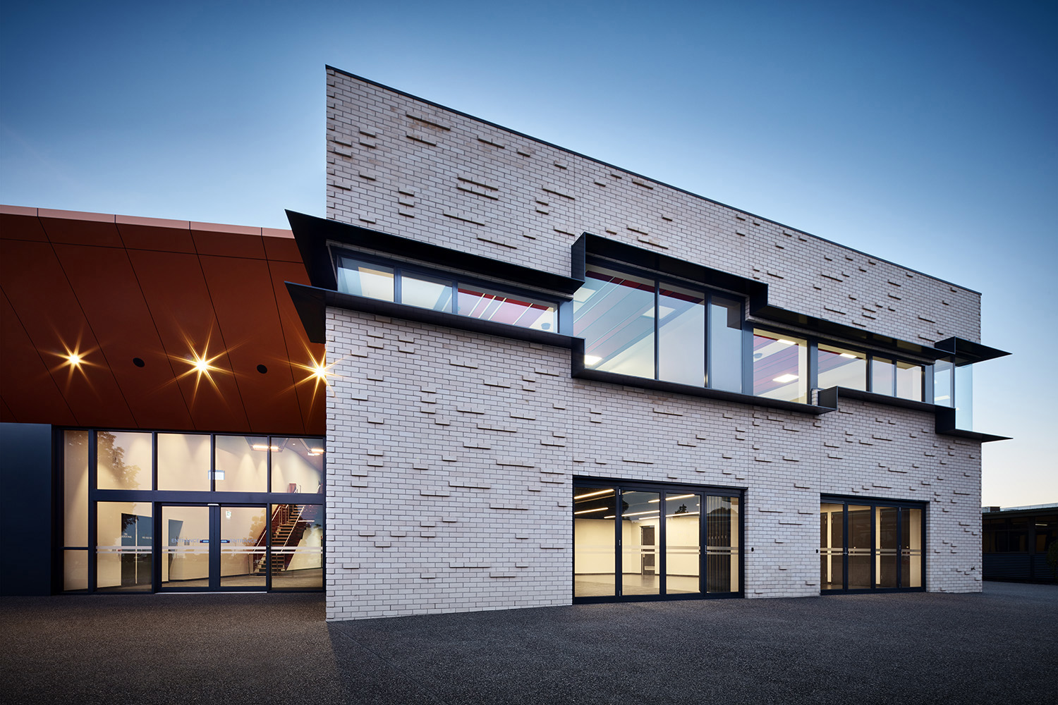 THOMAS CARR COLLEGE PERFORMING ARTS CENTRE AND GYMNASIUM 2