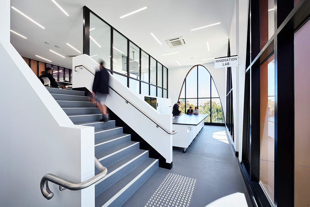 NASH LEARNING CENTRE, PARADE COLLEGE BUNDOORA 10