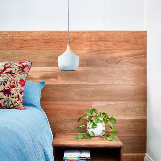 BROOKS bedside table